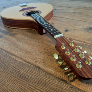custom-made-in-ireland-rosewood-irish-mandolin