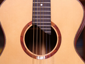 irish-bouzouki-handmade-instruments-ireland-homepage-background2